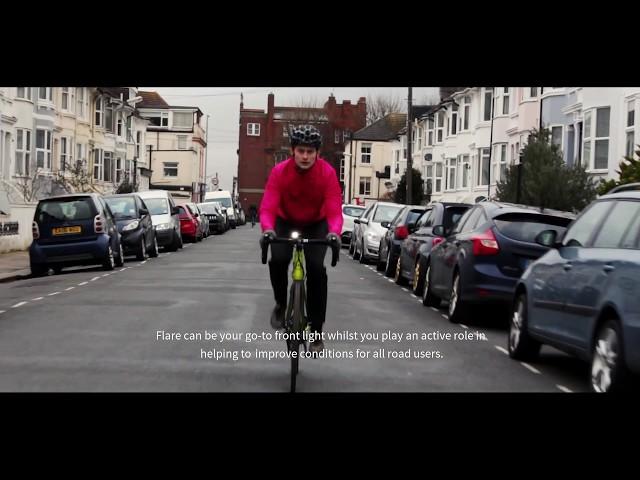 Умный велосипедный фонарик следит за проблемами на дороге