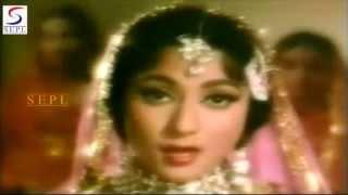 Haal E Dil Yun Unhen Sunaya Gaya | Lata   - YouTube