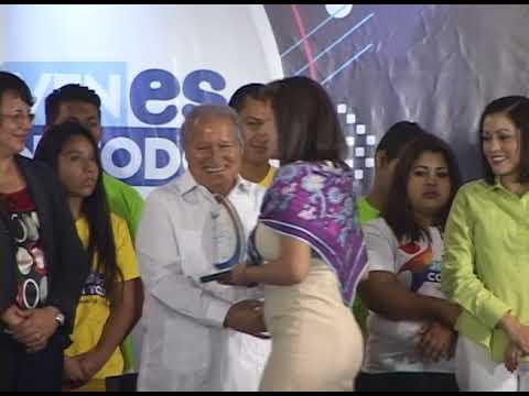 """Presidente Sánchez Cerén reconoce apoyo a programa """"Jóvenes con Todo"""""""