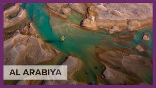 Breathtaking pictures of lakes in Rub' al Khali