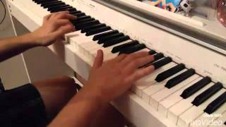 Красивая мелодия на пианино.
