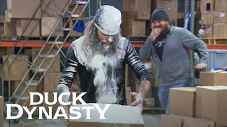 Duck Dynasty: Brotherly Pranks (Season 8, Episode 5) | A&E