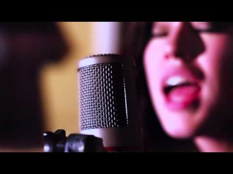 Adele-Set Fire To The Rain (Cover) by Amsterdam