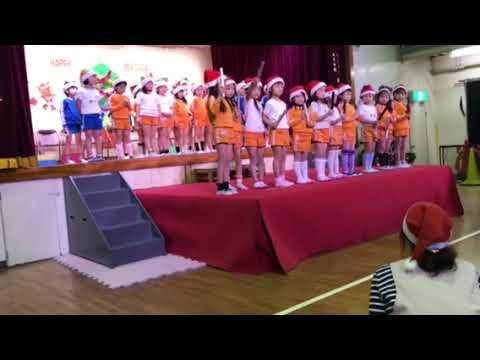 田上幼稚園の誕生会でのバンブークラスの出し物