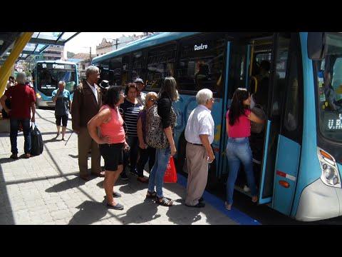 Prefeitura de Nova Friburgo volta atrás e diz que tarifa de ônibus poderá ser paga em dinheiro