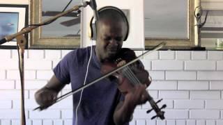 "Video thumbnail of ""Avicii ft Aloe Blacc  - Wake Me Up - Ashanti Floyd (Violin Cover)"""