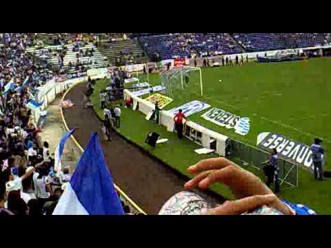 """""""MALKRIADOS DF EN PUEBLA PUEBLA VS TIGRES 2010"""" Barra: Malkriados • Club: Puebla Fútbol Club"""