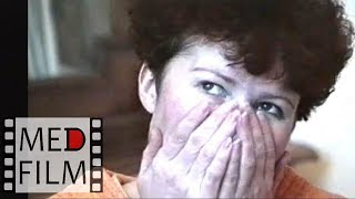 Смотреть онлайн Женщина несет полный бред в психбольнице