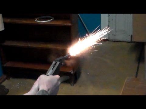 Самодельный пистолет выстрел.Стрельба из самодельного пистолета.