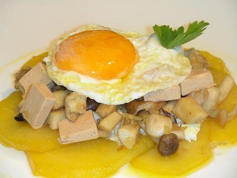 Huevos rotos con setas y foie - La Cocina de Loli Domínguez