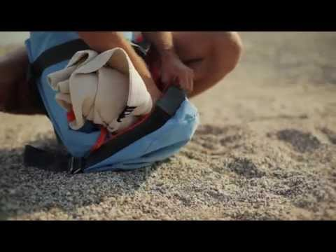 Hata Kopu Seesack beach bag by Terra Nation