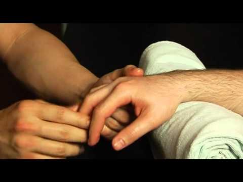 Jak wyprostować palec u nogi i pozbyć się kości