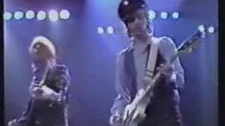 Tom Petty and the Heartbreakers - Straight into Darkness (Live 1982)