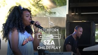 "SZA performs ""Childs Play"" -Pitchfork Music Festival 2014"