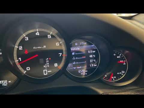 Porsche 991 Turbo S Coupe PDK Video