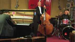 "Michael Alf Trio plays ""The Sheik of Araby"""