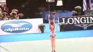 Die besten 100 Videos Insane Gymnastics Routine with Ball