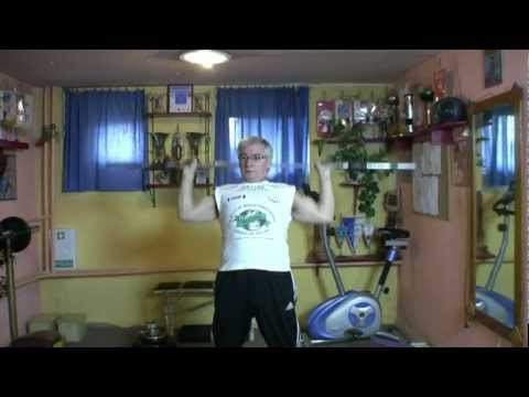 Ćwiczenia z hantlami w ramię mięśni dla mężczyzn