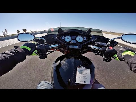 2016 Victory Magnum - Test Ride Review archinuk417