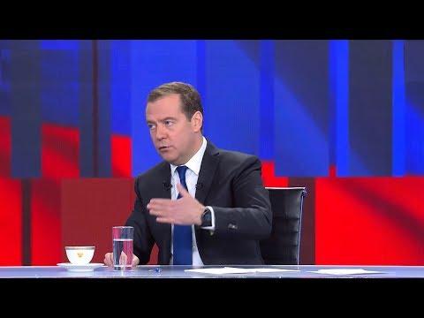 Медведев не исключил, что в КоАП появится статья о домашнем насилии