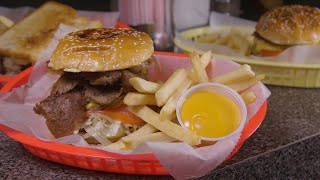 Chicago's Best Burgers: Chuck Wagon