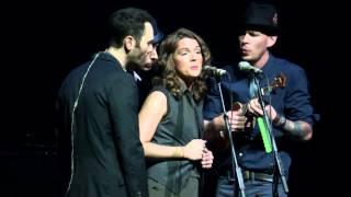 "Brandi Carlile performs ""Oh Dear"""