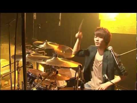 CNBLUE [BLUE STORM Concert] - Sweet Holiday