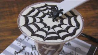 Spiderwebunbakedcheesecakedessertクモの巣柄のレアチーズデザート