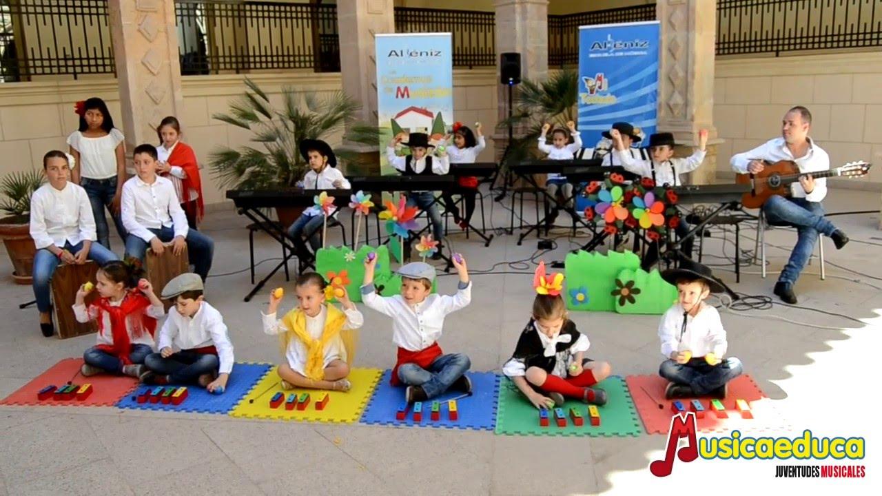 El patio de Isaac - Alumnos de Musizón 3 y Mi teclado 1 -  Escuela de Música Albéniz de Lorca