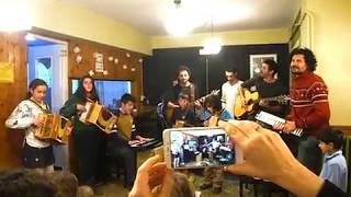 El Seu Gran Hit - Els Amics De Les Arts Feat. Kamusi