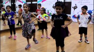 Lungi Dance | Yo Yo Honey Singh | Dance Performance By Step2Step Dance Studio