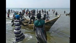 Ugandan boat with footballers capsizes - VIDEO