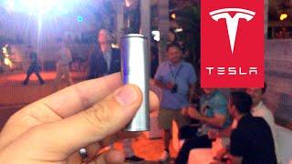 Cellule de batterie Tesla fabriquée dans la Gigafactory