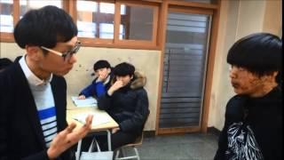 선생님이 수업시간에 짜파게티를 먹는 아이에게 짜파게티 싸대기를 날리는데...