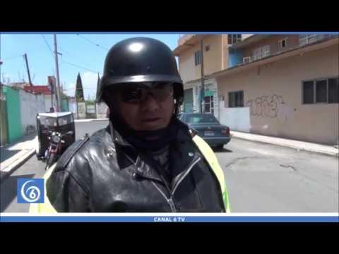 Moto taxistas de Valle de Chalco solicitan repavimentación de la avenida Ignacio Pavón