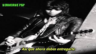 Joan Jett- Love Is Pain- (Subtitulado en Español)