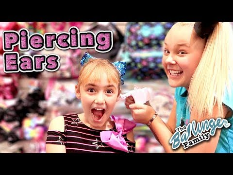 First Time GETTING EARS PIERCED! ~ w/ JoJo Siwa