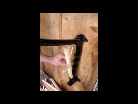 Anfeuerholz spalten mit dem Flint Spanmesser