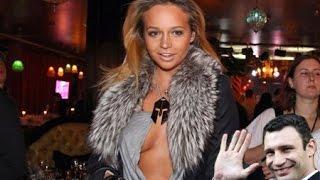 Смотреть онлайн Подборка: Красивые девушки тупят на камеру