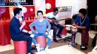Sa'yoFalling In Love At A Coffee Shop   TJ Monterde