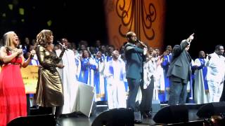 How Sweet The Sound (Live) - Donald Lawrence - Giants