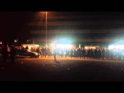 Palawhirlpool circondado dalla polizia