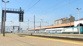 preview picture of video 'MOVIMENTO IN STAZIONE DI ALESSANDRIA, Tra Automotrici Leggere e Manovre...'