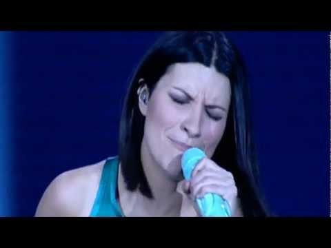 Laura Pausini - Escucha Atento HD - (7 de 17 - Live World Tour 2009)
