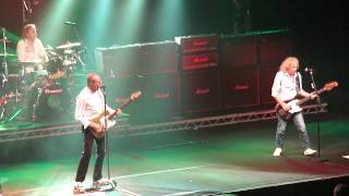 Down Down Status Quo Lotto Arena Anvers 25 03 2014
