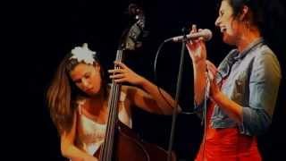 Video Vojtaano & Band ft. Pavla Bečková - Nemilosrdný ráno (LIVE 2011)