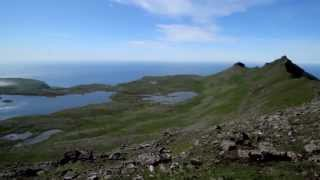 preview picture of video 'View over the Ryskivatn and Miðvatn lakes'