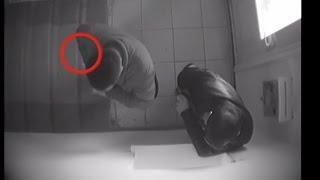 Оперативное видео задержания сотрудников Управления таможенного контроля ДГД по Атырауской области