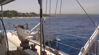 preview picture of video 'A Day out on the Tip Top Catamaran'