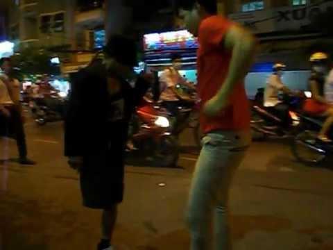 HOTBOY BAN KEO KEO NOI LOAN DUONG PHO SAI GON 3
